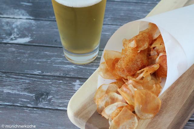 Selbstgemachte Ofen Essig Chips